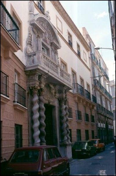 ARCHIVO PROVINCIAL CASA DE LAS CADENAS