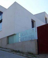 Casa de la Cultura en Azuel