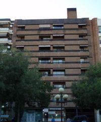 Edificio de viviendas en la Plaza de Colón, 19